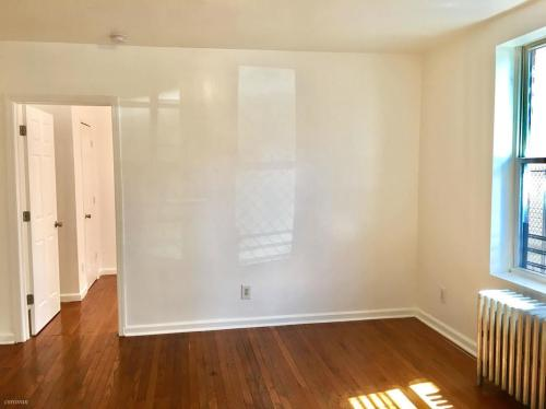 3036 Bronxwood Avenue #1A Photo 1
