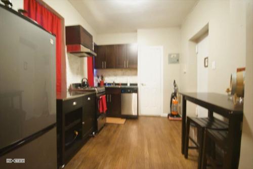 503 E 73rd Street #1B Photo 1