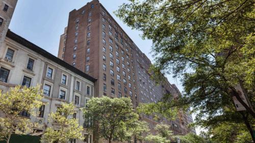 41 W 86th Street Photo 1