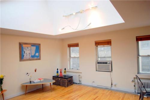Condos For Rent Near Lower East Side Preparatory High School From