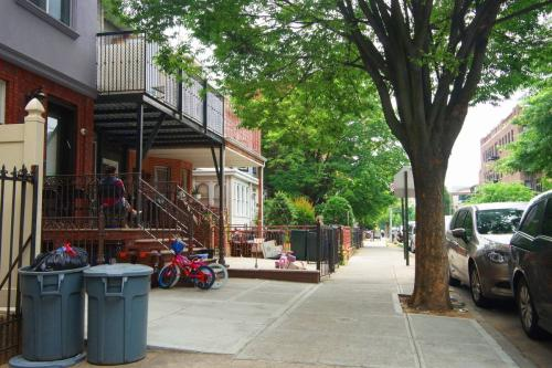 1610 43rd Street #D3 Photo 1