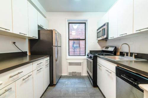 98-30 67th Avenue #4X Photo 1
