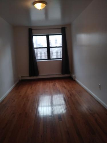 1077 Willoughby Avenue #2 Photo 1