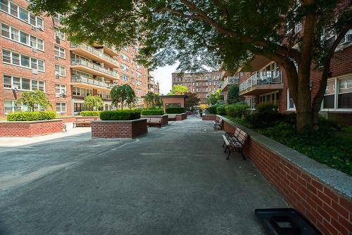 590 Flatbush Avenue #6G Photo 1