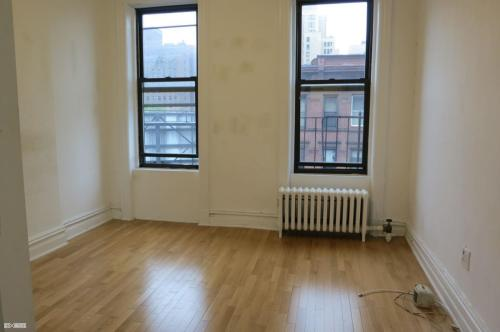 437 W 36th Street #5B Photo 1