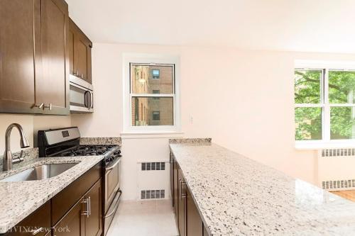 5570 Netherland Avenue #1C Photo 1