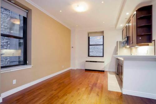 488 7th Avenue Photo 1