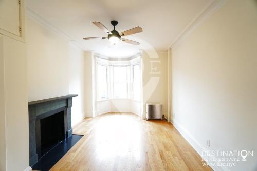 554 11th Street Photo 1