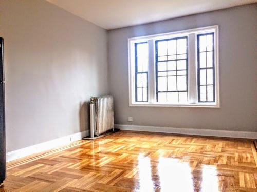 2800 Bronx Park E #4 Photo 1