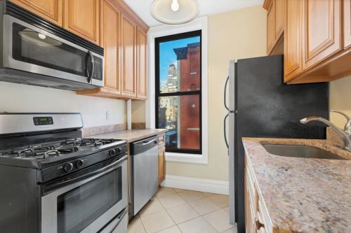 300 E 76th Street #B1 Photo 1