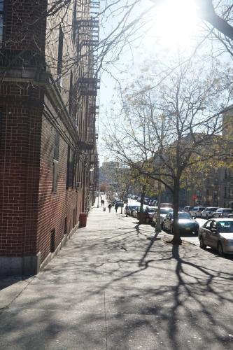 573 Isham Street #36 Photo 1