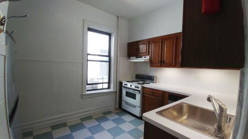 505 8th Avenue #3 Photo 1