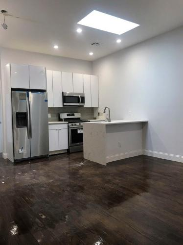 1380 Sterling Place Photo 1