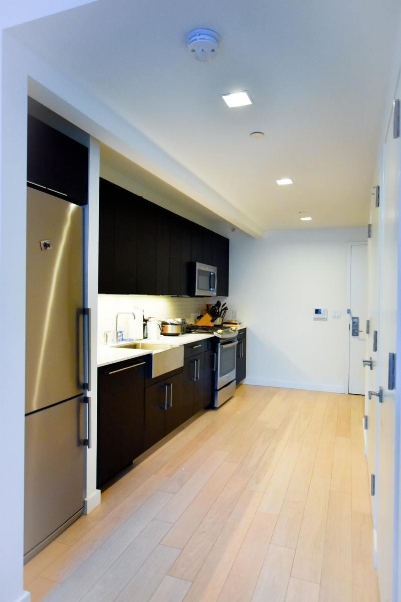 535 W 43rd Street Apt 10m Manhattan Ny 10036 Hotpads