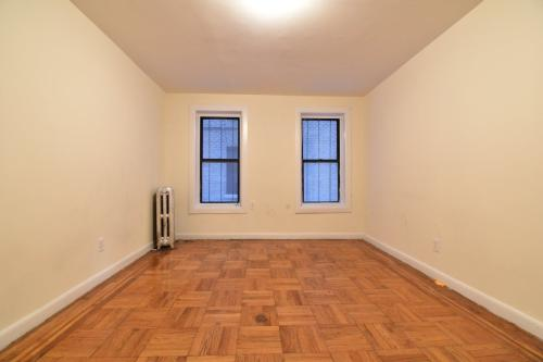 1715 Walton Avenue #5A Photo 1