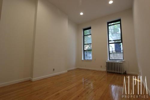 628 E 11th Street #1D Photo 1