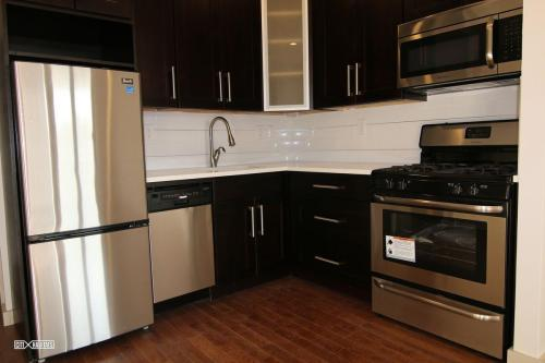57 Graham Avenue #5B Photo 1