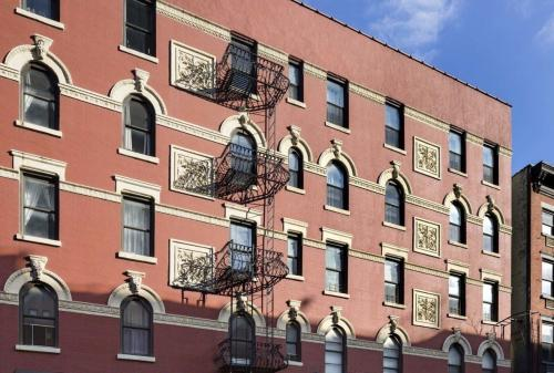 267 W 15th Street #4FS Photo 1