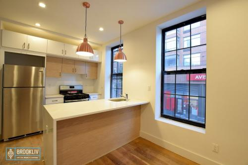 187 State Street #1FT Photo 1