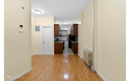 286 W 127th Street Photo 1
