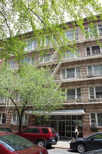 525 E 81st Street #2A Photo 1