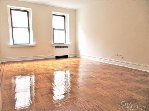 725 W 184th Street #3M Photo 1
