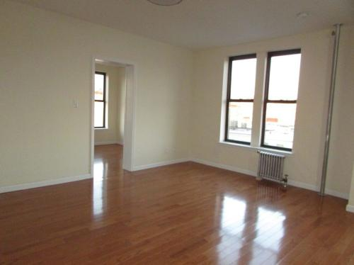 465 46th Street Photo 1