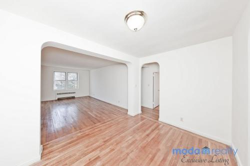 2675 Henry Hudson Parkway #3D Photo 1