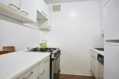 280 Rector Place #3J Photo 1