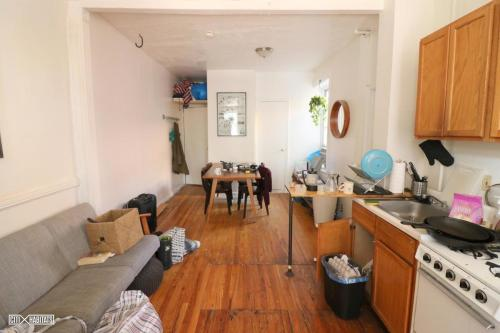 30 Withers Street #2L Photo 1