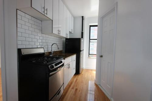321 E 108th Street Photo 1
