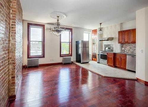 481 7th Avenue #4 Photo 1