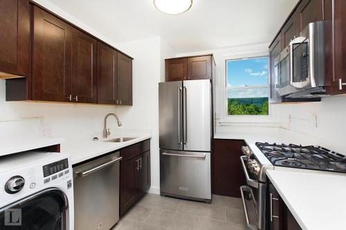 5545 Netherland Avenue #4C Photo 1