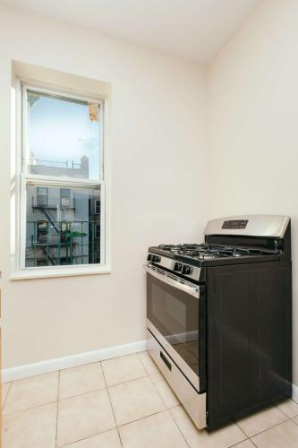1332 Sterling Place #3R Photo 1