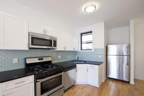323 Chauncey Street #2B Photo 1