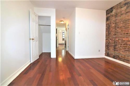 417 W 47th Street #3E Photo 1