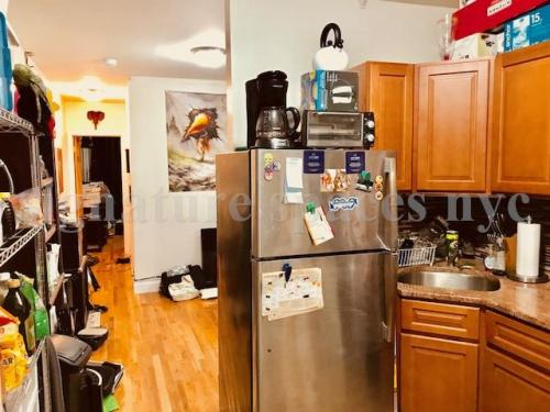 887 5th Avenue #4R Photo 1