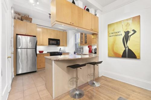 264 Lexington Avenue #3B Photo 1