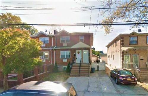 221-32 Edmore Avenue #2 Photo 1