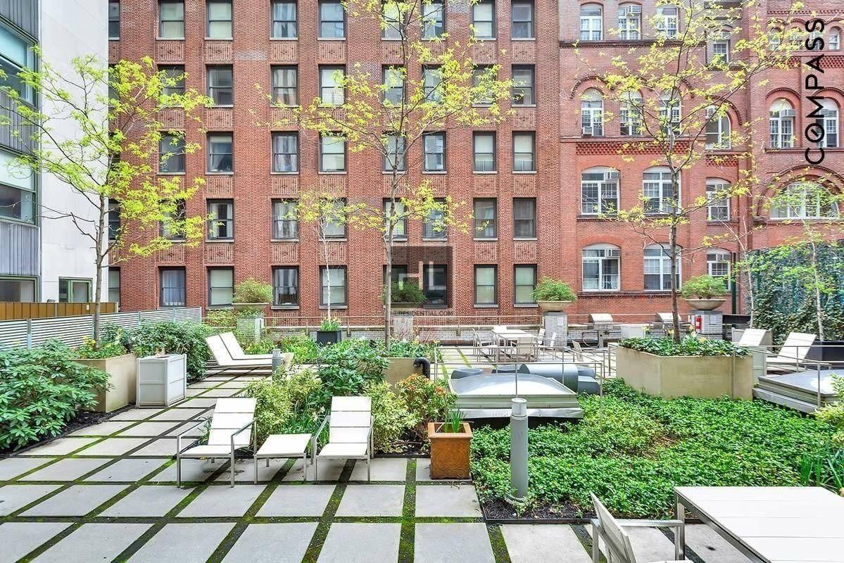 99 John Street Apt 517 Manhattan NY 10038