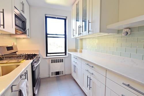 1119 Ocean Parkway #3G Photo 1