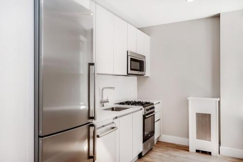 58 Linden Boulevard #4E Photo 1