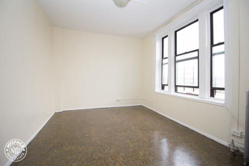 1135 43rd Street #B3 Photo 1