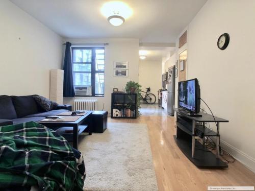 652 W 163rd Street #D1 Photo 1
