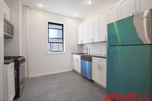 2254 5th Avenue #14 Photo 1