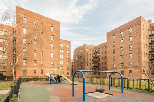 1364 New York Avenue #5B Photo 1