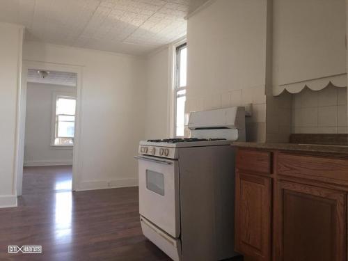 313 38th Street Photo 1