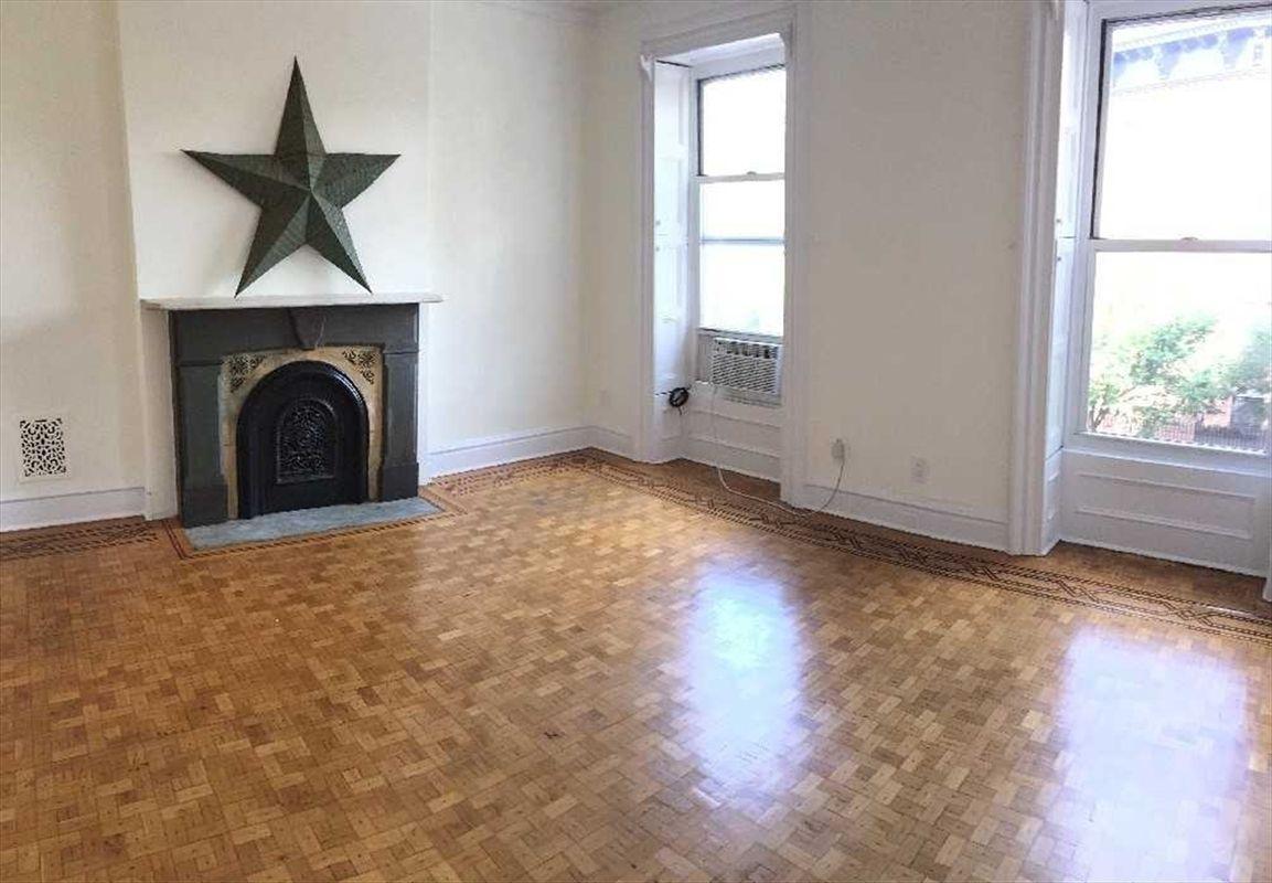 296 St James Place Apt 2 Brooklyn NY 11238