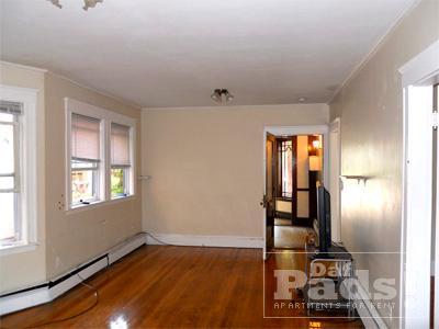 Washington St, Brookline - 5 Bed /1 Bath $3400 1 Photo 1