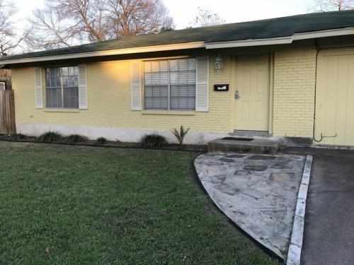 3309 Garden Villa Lane Photo 1
